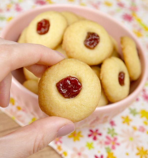 Como fazer Biscoitinho Amanteigado de Goiabada