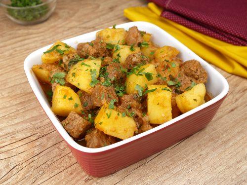 Carne com Batata na Panela de Pressão
